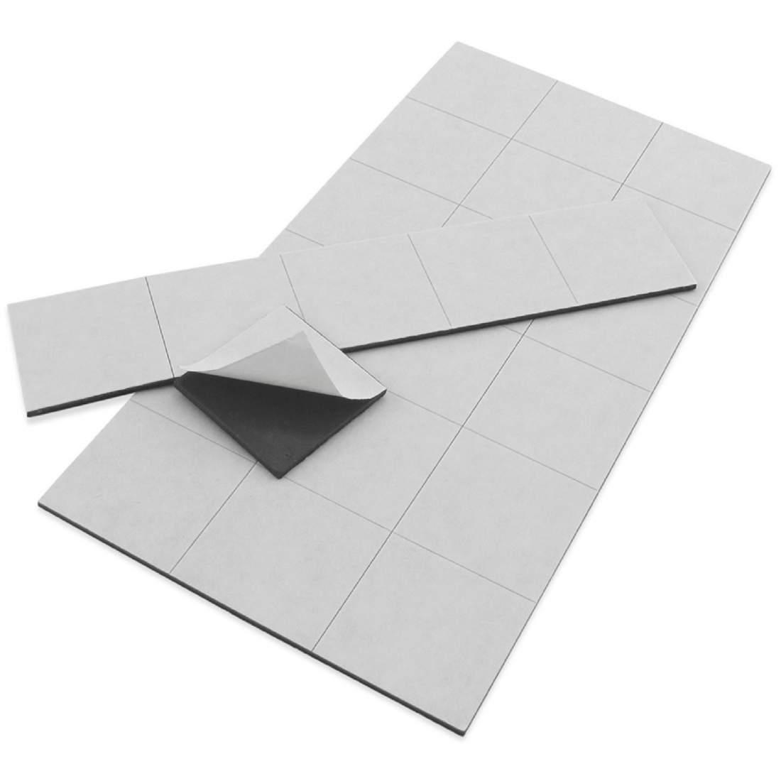 47. Folie magnetică autoadezivă (tăiată) - 50x30mm