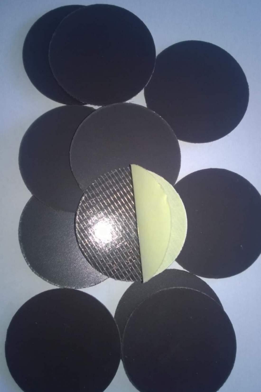 44. Magneți din lemn frigider - Diametru 50mm - Folie magnetică (tăiată)