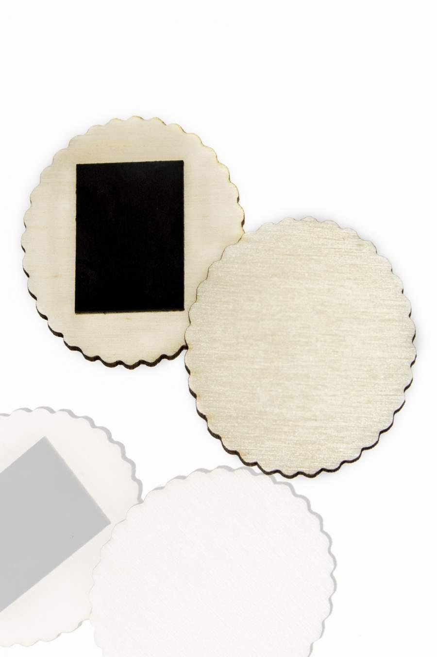 111. Placă din lemn pentru magnet frigider 50x43mm