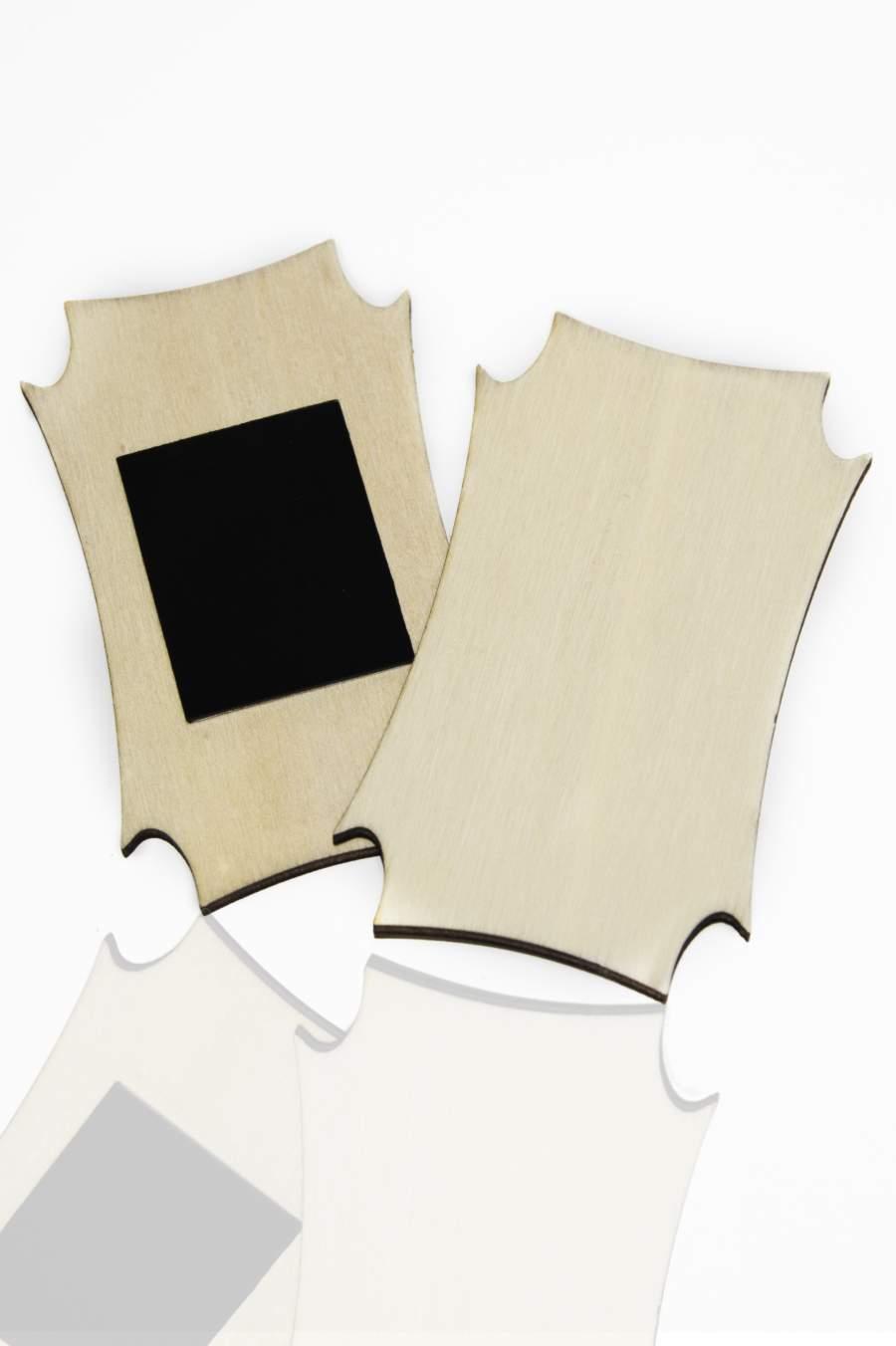 113. Placă din lemn pentru magnet frigider 90x53mm