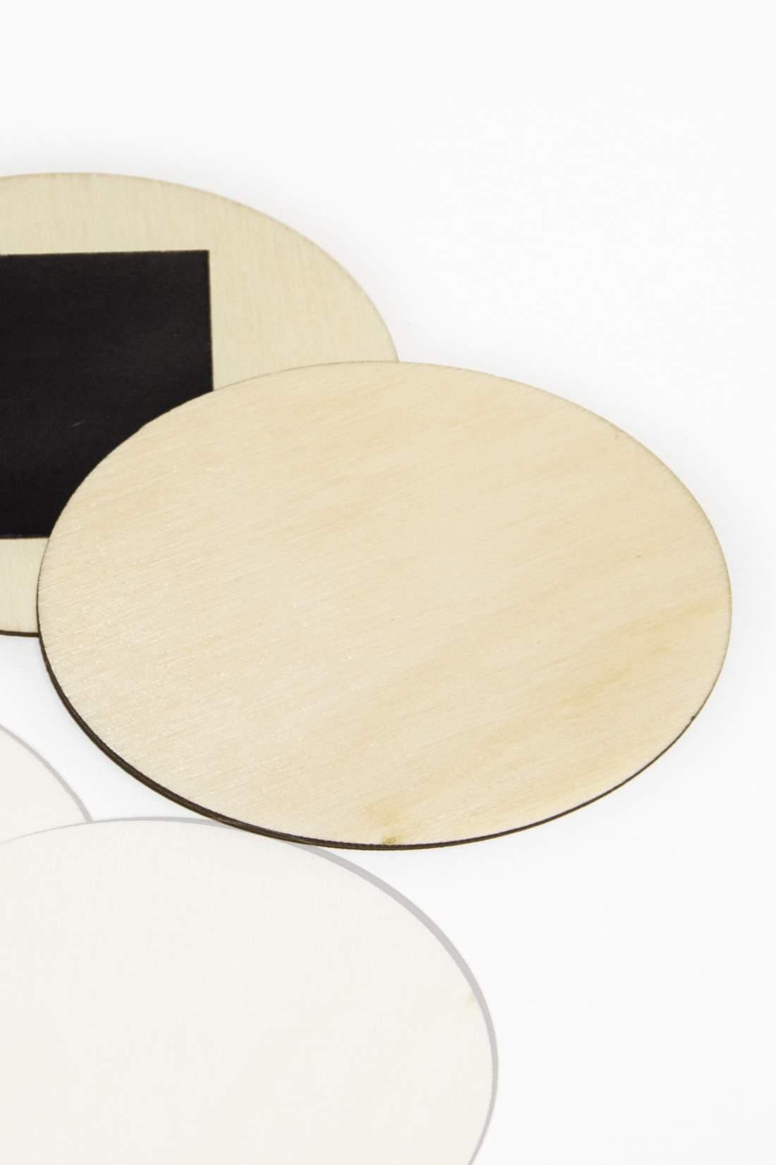 101.1 Placă din lemn pentru magnet frigider, felie ovală 70x50mm